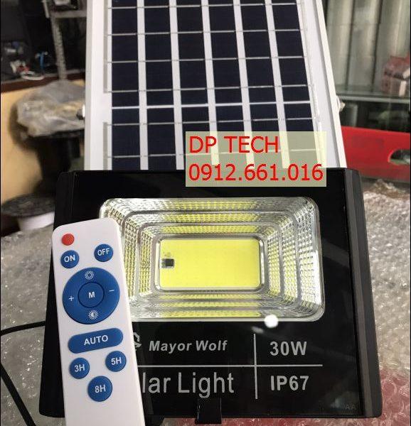 Đèn -năng- lượng- mặt -trời- rời -thể -30W
