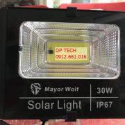 Đèn năng lượng mặt trời rời thể 30W