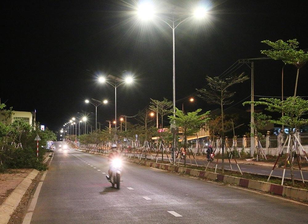 Đèn NLMT chiếu sáng công cộngight728